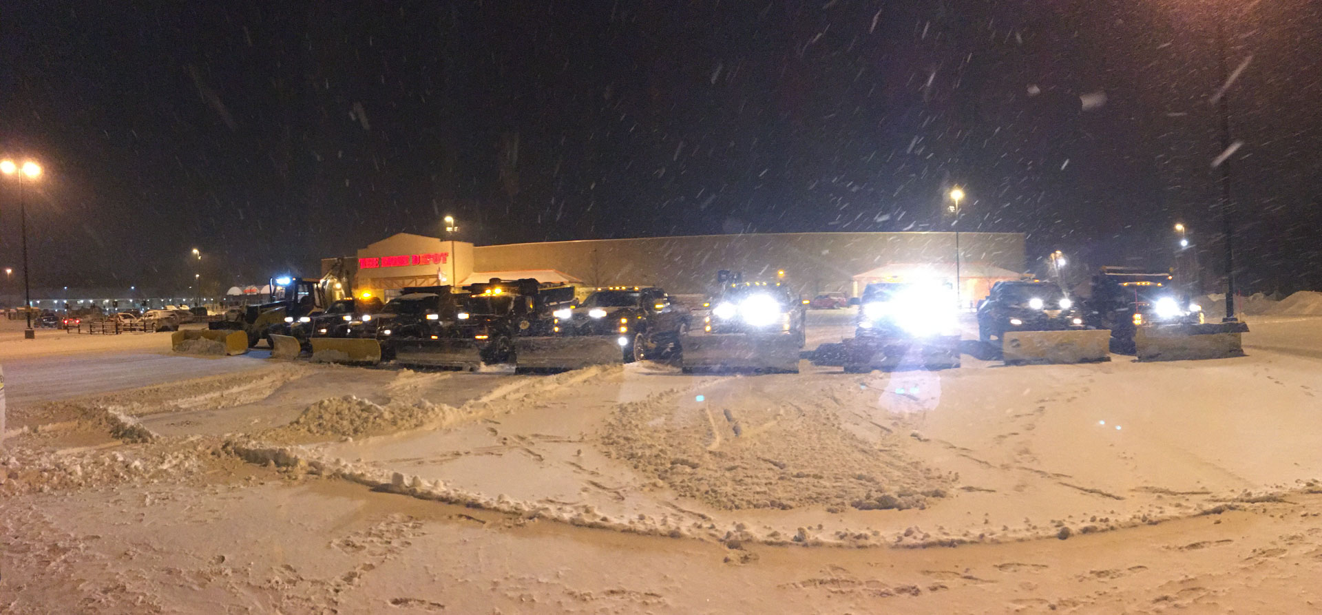andover-snow-plowing-commercial